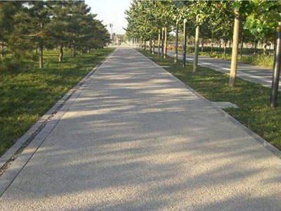 透水混凝土路面与透水砖的区别